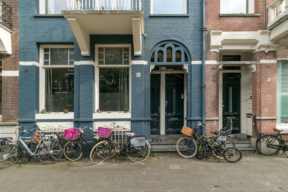 Koninginneweg 113 hs 1075 CK,Amsterdam,Noord-Holland Nederland,5 Slaapkamers Slaapkamers,1 BadkamerBadkamers,Appartement,Koninginneweg ,1100