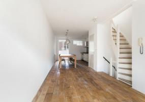 Kinkerstraat 274-C,Amsterdam,Noord-Holland Nederland,2 Bedrooms Bedrooms,1 BathroomBathrooms,Apartment,Kinkerstraat,2,1114