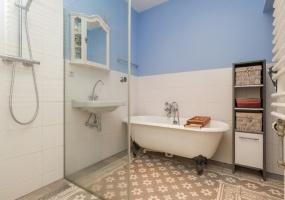 Van Tuyll van Serooskerkenweg 98 huis,Amsterdam,Noord-Holland Nederland,1 Bedroom Bedrooms,1 BathroomBathrooms,Apartment,Van Tuyll van Serooskerkenweg,1164