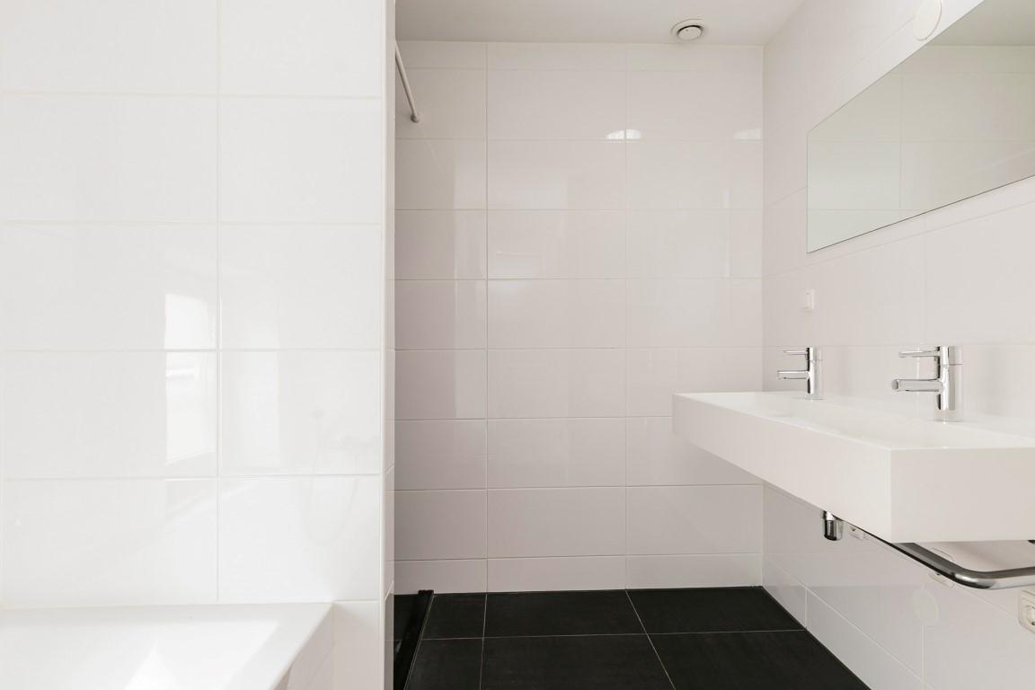 Cornelis Trooststraat 26-III+IV,Amsterdam,Noord-Holland Nederland,4 Bedrooms Bedrooms,1 BathroomBathrooms,Apartment,Cornelis Trooststraat,3,1181