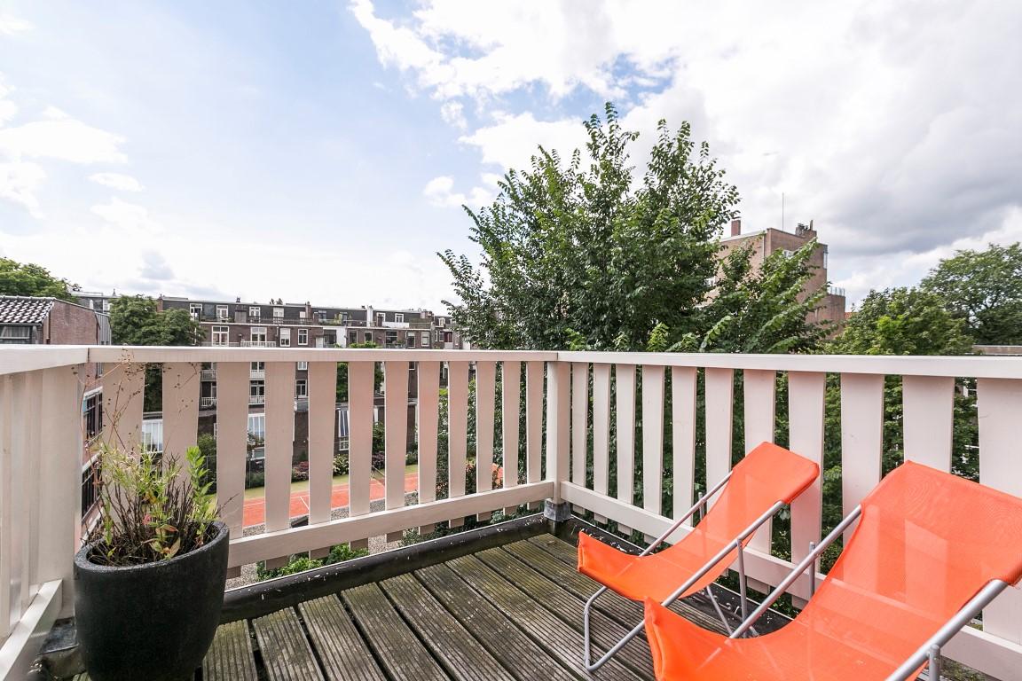 De Lairessestraat 9-III,Amsterdam,Noord-Holland Nederland,2 Bedrooms Bedrooms,2 BathroomsBathrooms,Apartment,De Lairessestraat ,3,1183