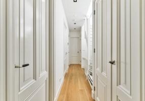 Van Breestraat 190 boven, Amsterdam, Noord-Holland Nederland, 4 Bedrooms Bedrooms, ,2 BathroomsBathrooms,Apartment,For Rent,Van Breestraat ,2,1203