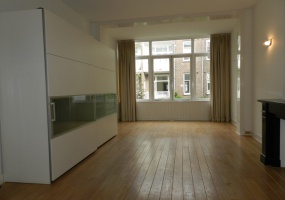 Johannes Verhulststraat 172 hs 1075 HC,Amsterdam,Noord-Holland Nederland,4 Bedrooms Bedrooms,1 BathroomBathrooms,Apartment,Johannes Verhulststraat,1212