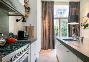 Johannes Verhulststraat 162 hs 1075 HB, Amsterdam, Noord-Holland Netherlands, 6 Bedrooms Bedrooms, ,3 BathroomsBathrooms,Apartment,For Rent,Johannes Verhulststraat,1215