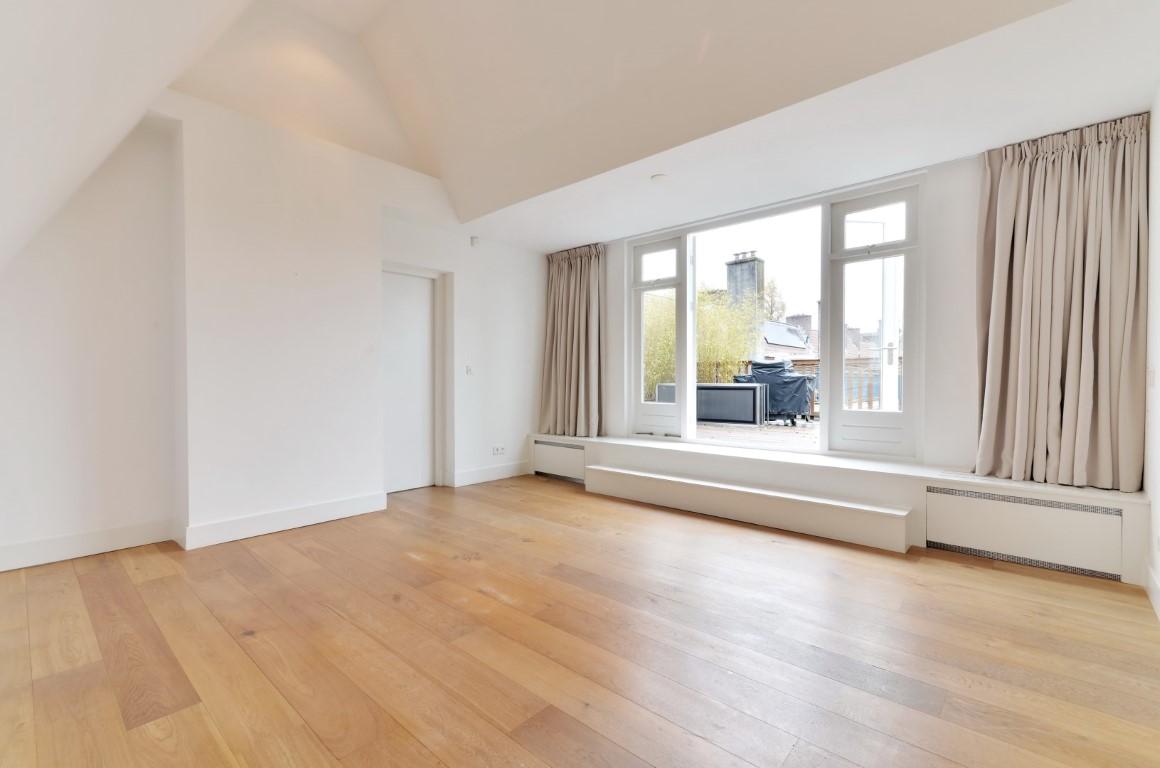 Gerrit van der Veenstraat 124-II Amsterdam,Noord-Holland Nederland,3 Bedrooms Bedrooms,2 BathroomsBathrooms,Apartment,Gerrit van der Veenstraat,2,1026