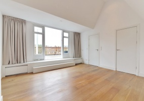 Gerrit van der Veenstraat 124-II Amsterdam,Noord-Holland Nederland,3 Bedrooms Bedrooms,2 BathroomsBathrooms,Apartment,Gerrit van der Veenstraat,2,1026