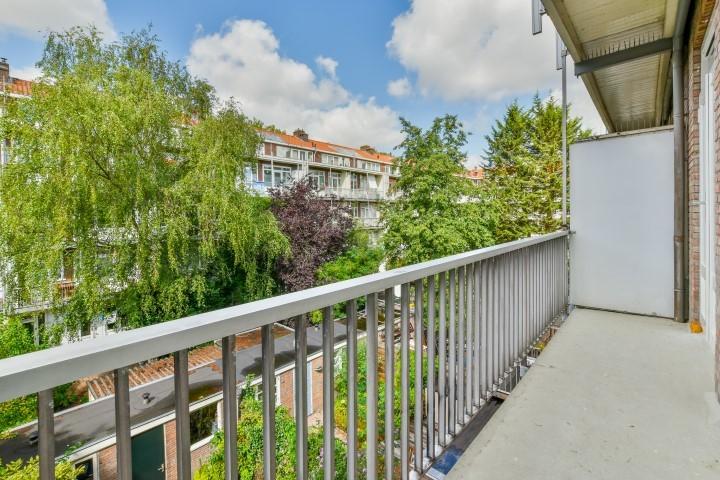 Leiduinstraat 26-II, Amsterdam, Noord-Holland Nederland, 2 Bedrooms Bedrooms, ,1 BathroomBathrooms,Apartment,For Rent,Leiduinstraat ,2,1223