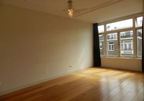 Koninginneweg 257, Amsterdam, Noord-Holland Nederland, 4 Bedrooms Bedrooms, ,1 BathroomBathrooms,Apartment,For Rent,Koninginneweg,2,1236