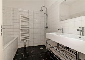 Valeriusstraat 200 1075GJ, Amsterdam, Noord-Holland Nederland, 2 Bedrooms Bedrooms, ,1 BathroomBathrooms,Apartment,For Rent,Valeriusstraat ,2,1260