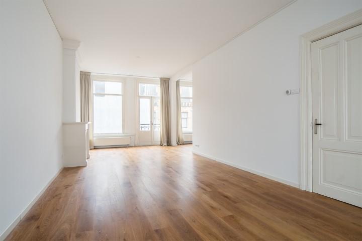 Valeriusstraat 52-II, Amsterdam, Noord-Holland Nederland, 3 Slaapkamers Slaapkamers, ,2 BadkamersBadkamers,Appartement,Huur,Valeriusstraat,2,1263
