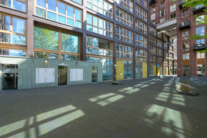 Veembroederhof 71 + PP, Amsterdaam, Noord-Holland Nederland, 3 Slaapkamers Slaapkamers, ,1 BadkamerBadkamers,Appartement,Huur,Veembroederhof ,5,1273
