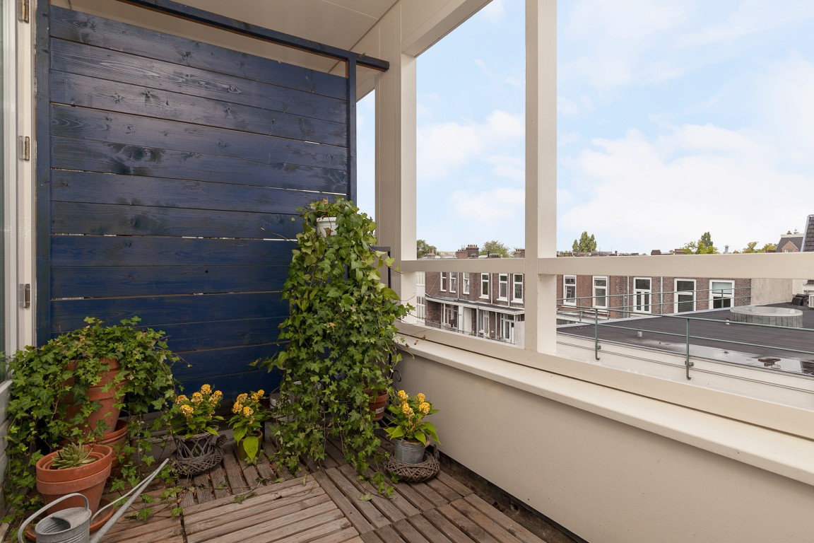 Bilderdijkstraat 79-U, Amsterdam, Noord-Holland Nederland, 1 Bedroom Bedrooms, ,1 BathroomBathrooms,Apartment,For Rent,Bilderdijkstraat,4,1302