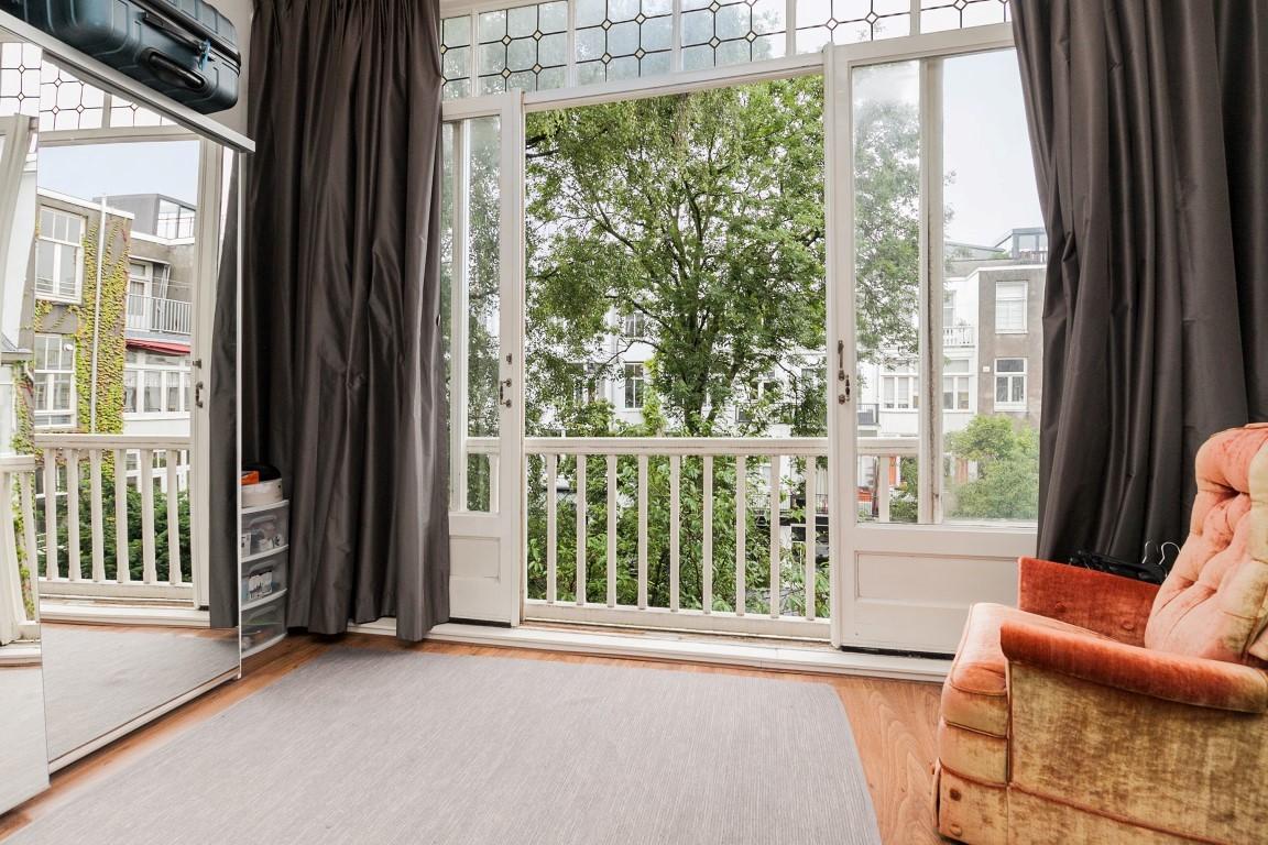 De Lairessestraat 44-II, Amsterdam, Noord-Holland Nederland, 2 Slaapkamers Slaapkamers, ,1 BadkamerBadkamers,Appartement,Huur,De Lairessestraat ,2,1304