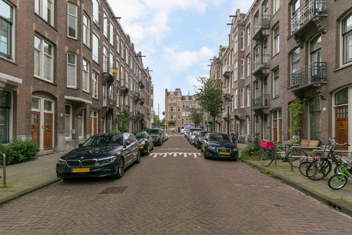 Valeriusstraat 274 II, Amsterdam, Noord-Holland Nederland, 1 Bedroom Bedrooms, ,1 BathroomBathrooms,Apartment,For Rent,Valeriusstraat,1311