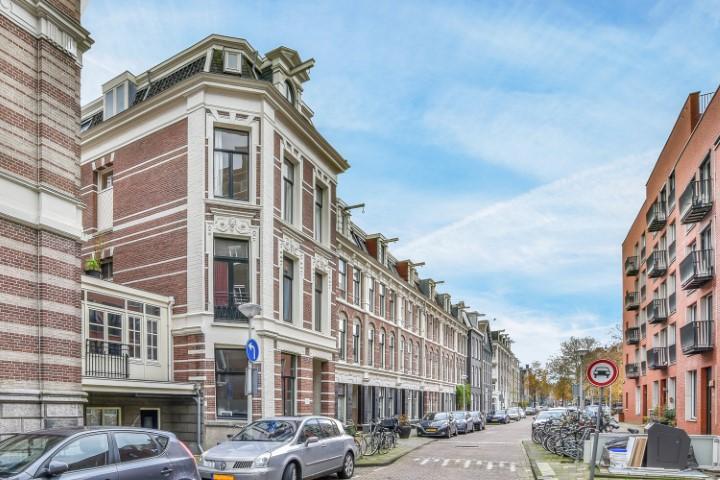 Sint Willibrordusstraat 1 II, Amsterdam, Noord-Holland Nederland, 4 Bedrooms Bedrooms, ,1 BathroomBathrooms,Apartment,For Rent,Sint Willibrordusstraat ,2,1319