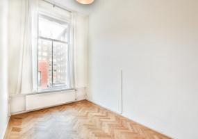 Sint Willibrordusstraat 1 II, Amsterdam, Noord-Holland Netherlands, 4 Bedrooms Bedrooms, ,1 BathroomBathrooms,Apartment,For Rent,Sint Willibrordusstraat ,2,1319