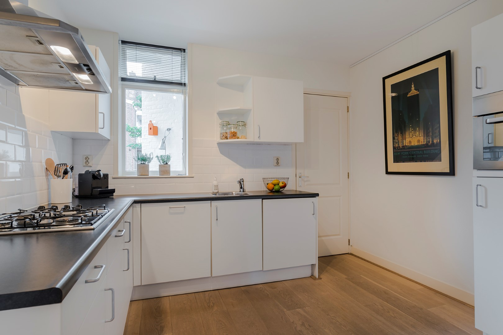 Pieter Aertszstraat 96-II, Amsterdam, Noord-Holland Nederland, 1 Bedroom Bedrooms, ,1 BathroomBathrooms,Apartment,For Rent,Pieter Aertszstraat,2,1378