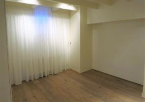 Haarlemmermeerstraat 152 hs Amsterdam,Noord-Holland Netherlands,4 Bedrooms Bedrooms,2 BathroomsBathrooms,Apartment,Haarlemmermeerstraat,1042
