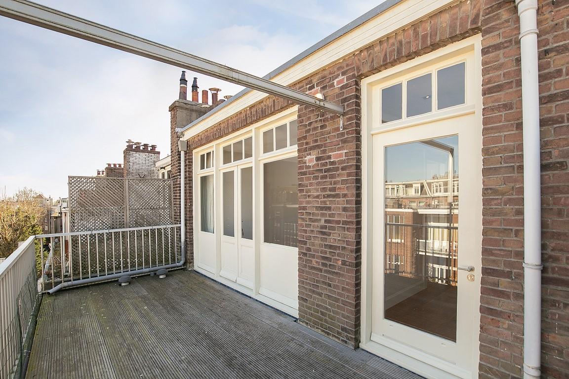 Valeriusstraat 212-II 1075 GK, Amsterdam, Noord-Holland Nederland, 5 Bedrooms Bedrooms, ,2 BathroomsBathrooms,Apartment,For Rent,Valeriusstraat 212-II,1392