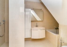 Deurloostraat 41 hs, Amsterdam, Noord-Holland Nederland, 2 Bedrooms Bedrooms, ,1 BathroomBathrooms,Apartment,For Rent,Deurloostraat,1404