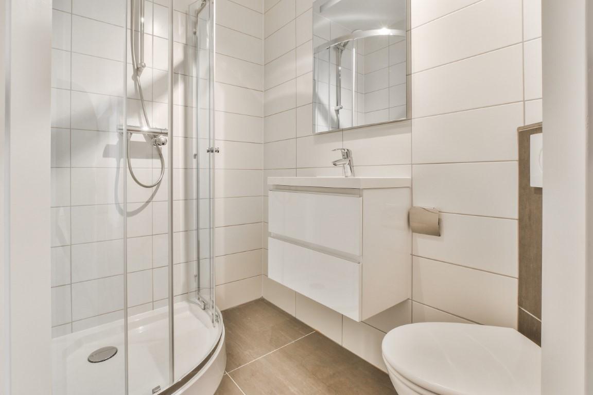 Egelantiersstraat 107 II + III 1015 PZ, Amsterdam, Noord-Holland Nederland, 3 Bedrooms Bedrooms, ,2 BathroomsBathrooms,Apartment,For Rent,Egelantiersstraat,3,1419