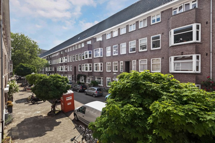 Botticellistraat 37 I, Amsterdam, Noord-Holland Nederland, 2 Slaapkamers Slaapkamers, ,1 BadkamerBadkamers,Appartement,Huur,Botticellistraat,1,1433