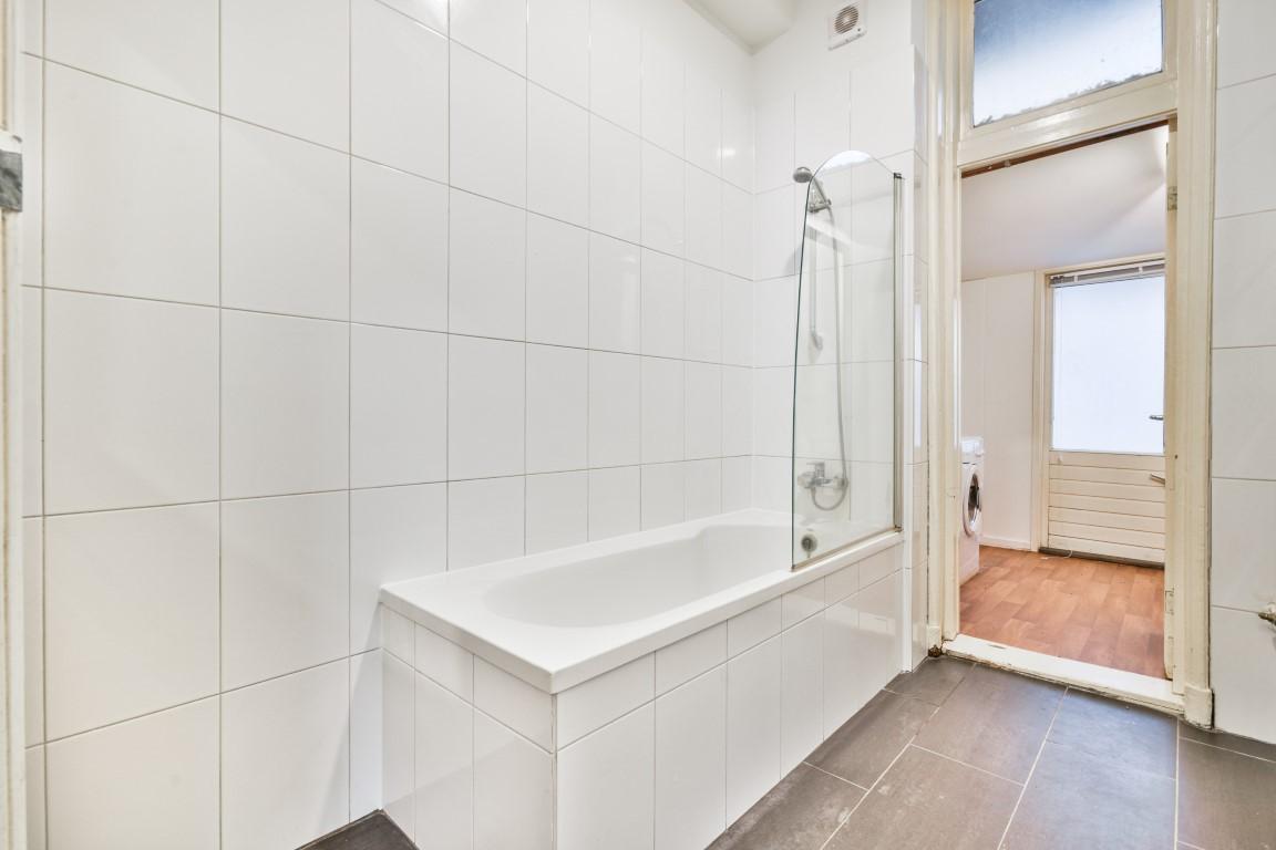 Van der Hoopstraat 130 huis, Amsterdam, Noord-Holland Nederland, 1 Slaapkamer Slaapkamers, ,1 BadkamerBadkamers,Appartement,Huur,Van der Hoopstraat 130 huis,1438