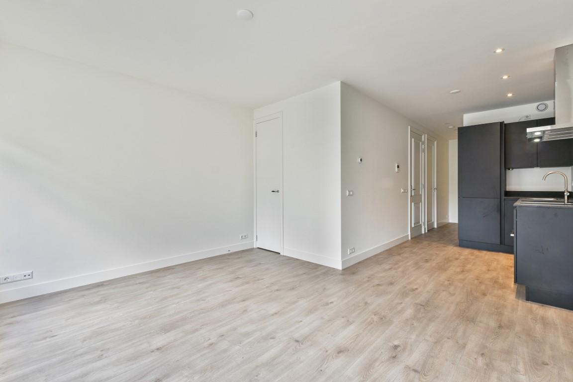 Elisabeth Wolffstraat 70 II 1053 TW, Amsterdam, Noord-Holland Nederland, 2 Bedrooms Bedrooms, ,1 BathroomBathrooms,Apartment,For Rent,Elisabeth Wolffstraat,2,1452