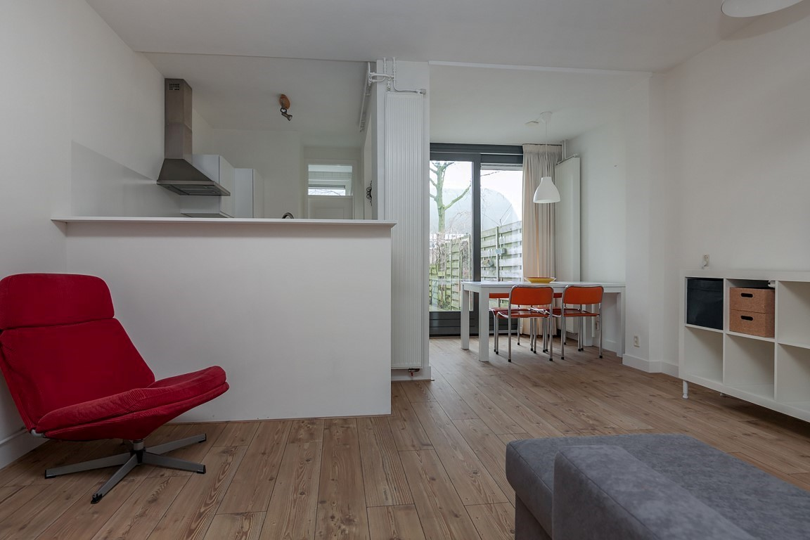 Van Bossestraat 20 huis, Amsterdam, Noord-Holland Nederland, 1 Bedroom Bedrooms, ,1 BathroomBathrooms,Apartment,For Rent,Van Bossestraat,1047