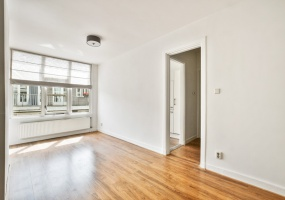 Eerste Weteringdwarsstraat 36 III A 1017 TN, Amsterdam, Noord-Holland Nederland, 1 Bedroom Bedrooms, ,1 BathroomBathrooms,Apartment,For Rent,Eerste Weteringdwarsstraat,3,1467