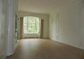 Van Eeghenstraat 86-I,Amsterdam,Noord-Holland Nederland,1 Slaapkamer Slaapkamers,1 BadkamerBadkamers,Appartement,Van Eeghenstraat,1,1049