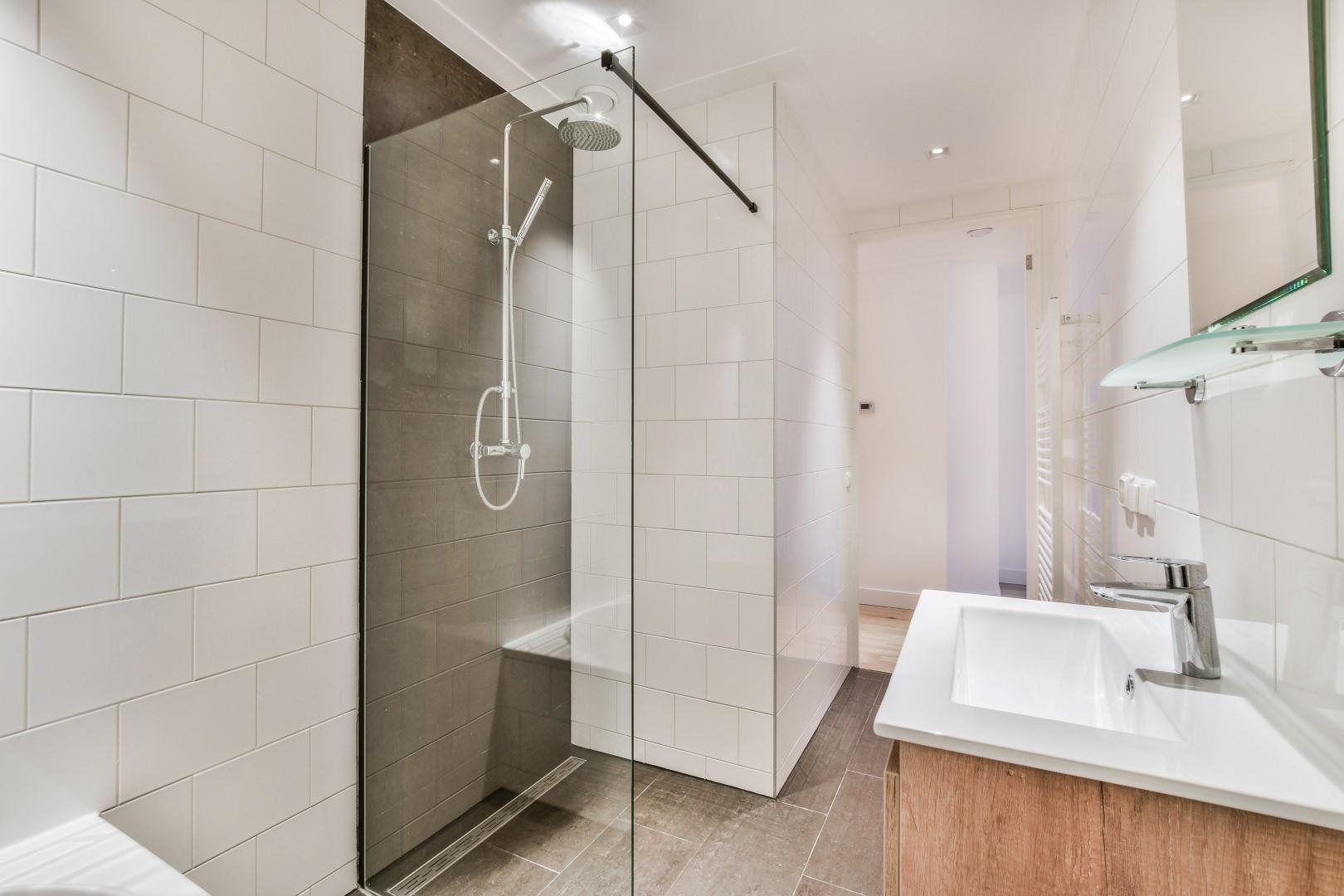 Overtoom 542 III 1054 LM, Amsterdam, Noord-Holland Nederland, 2 Bedrooms Bedrooms, ,1 BathroomBathrooms,Apartment,For Rent,Overtoom ,3,1525