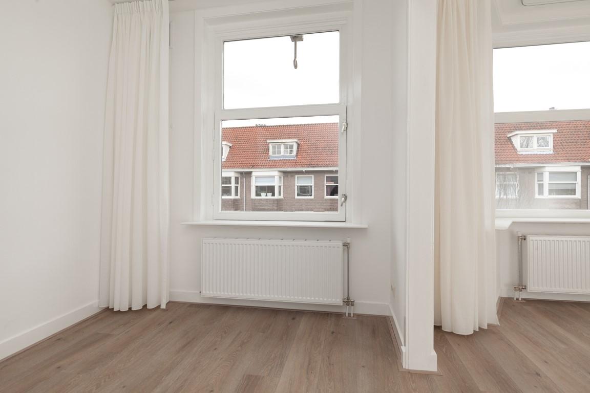 Van Walbeeckstraat 77-III,Amsterdam,Noord-Holland Nederland,3 Bedrooms Bedrooms,2 BathroomsBathrooms,Apartment,Van Walbeeckstraat,3,1055