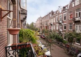 Wouwermanstraat 12 hs 1071 LX, Amsterdam, Noord-Holland Nederland, 5 Slaapkamers Slaapkamers, ,2 BadkamersBadkamers,Appartement,Huur,Wouwermanstraat ,1559