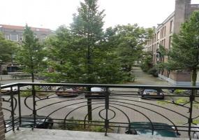 Johannes Verhulststraat 172 huis,Amsterdam,Noord-Holland Nederland,4 Slaapkamers Slaapkamers,1 BadkamerBadkamers,Appartement,Johannes Verhulststraat,1059